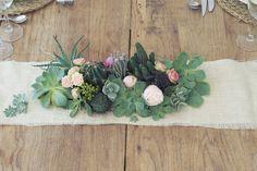 Soft And Gentle, Boho Bride, Ideas Para, Wedding Planner, Wedding Inspiration, Wedding Ideas, Wedding Flowers, Floral Wreath, Wedding Invitations