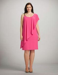 Vestido rosa para gorditas con capa:                                                                                                                                                                                 Más