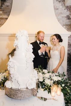 Elyse Jennings Weddings | Covington Wedding | New Orleans Destination Weddings | Cake Table scapes Outdoor Dance Floors, Groomsmen Fashion, Monique Lhuillier Bridal, Cake Table Decorations, New Orleans Wedding, Floral Garland, Table Scapes, Beautiful Wedding Cakes, Wedding Film