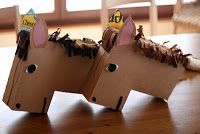 Horse crafts ideas for kids. Horse crafts for kindergarten, preschool and first grade. Diy For Kids, Gifts For Kids, Cardboard Box Crafts, Stick Horses, Valentine Day Boxes, Valentines, Horse Party, Horse Crafts, Hobby Horse