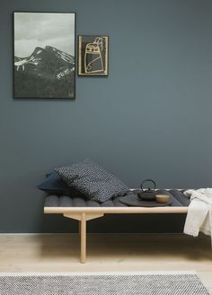 Fine veggfarger / new wall paint colours Nordic Living, Home Living, Living Spaces, Wall Colors, House Colors, Colours, St Pauls Blue, Bedroom Wall, Bedroom Decor