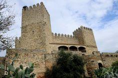 Castillo de Monroy