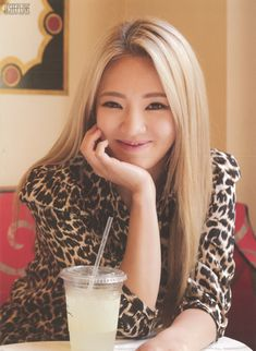 SNSD Girls' Generation photo book SNSD in Las Vegas Hyoyeon 2014 photobook Sooyoung, Yoona, Snsd, Kim Hyoyeon, Sehun, Exo, Yuri, Girls Generation Hyoyeon, Korean Girl Groups
