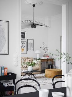 A Light-filled Apartment on Sweden's West Coast (my scandinavian home) - Houses interior designs Scandinavian Interior Design, Apartment Interior Design, Scandinavian Home, Living Room Interior, Home Living Room, Living Room Designs, Living Room Decor, Living Spaces, Bedroom Decor