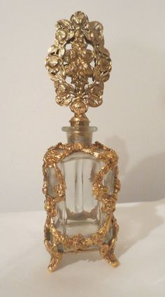 VINTAGE PERFUME Glass BOTTLE FRENCH Gold Ormulu Brass Filigree /stopper
