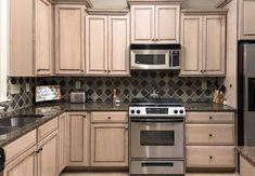 Best Sherwin Williams Functional Gray To De Pink Pickled Oak 400 x 300