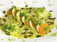 Artischocken-Aprikosen-Salat an Rucoladressing