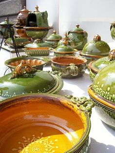pottery in budapest <bet some good tastin' food could come outta these babies>