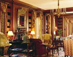 Library designed by David Easton for the Albemarle estate in Virginia (Photo: courtesy of Symm) Living Room Lounge, Living Spaces, Living Rooms, Beautiful Library, Beautiful Homes, Portfolio Architect, Library Study Room, Contemporary Windows, Dressing Room Closet