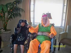 Mami con su ex companero Gregorio en centro de Ancianos.