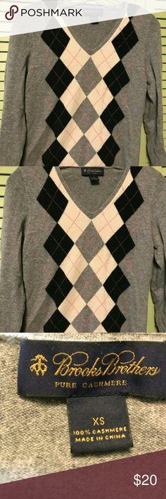 Brooks Brothers pure cashmere sweater Women's pure cashmere sweater Brooks Brothers xs Brooks Brothers Sweaters V-Necks