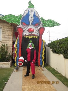 Awesome clown entrance