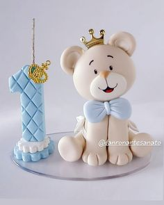 1 million+ Stunning Free Images to Use Anywhere Fondant Toppers, Number Cake Toppers, Fondant Figures Tutorial, Cake Topper Tutorial, Number Cakes, Fondant Cakes Kids, Baby Cakes, Fondant Numbers, Teddy Bear Cakes
