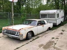 suicideslabs:More 1961 - 1969 Lincoln Continentals