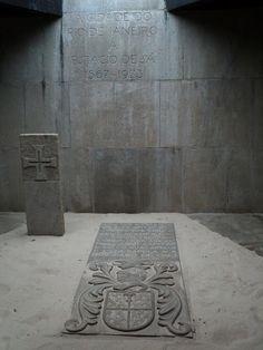 Sepultura do Fundador da Cidade do Rio de Janeiro Estácio de Sá. Falecido em 20 de fevereiro de 1567, no Rio de Janeiro