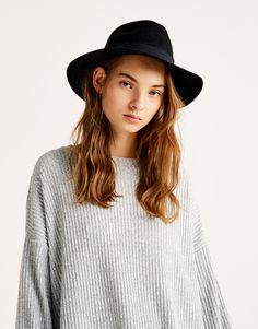 c717a96892c Women s Hats   Caps - Autumn Winter 2018