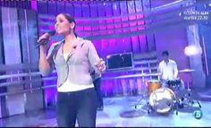 """Rosa López presenta su nuevo trabajo e interpreta en primicia """"Momentos""""  http://www.telecinco.es/quetiempotanfeliz/actuaciones/Rosa-Lopez-presenta-nuevo-trabajo_2_1588155071.html"""