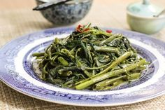 Cantonese Style Water Spinach Stir-fry 腐乳蒜茸炒通菜