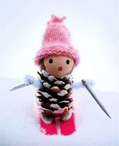 Creative Pinecone Crafts for Your Holiday Decorations --> Little Miss Pine Cones Go Skiing Acorn Crafts, Pine Cone Crafts, Primitive Crafts, Nature Crafts, Fall Crafts, Christmas Crafts, Christmas Ornaments, Christmas Snowman, Christmas Makes