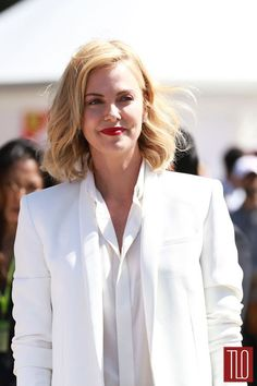 Who Wore It Better: Charlize Theron vs Heidi Klum in a White Suit Showdown Charliez Theron, Charlize Theron Style, Mighty Joe, Atomic Blonde, White Suits, Hollywood, Heidi Klum, Best Actress, Stars
