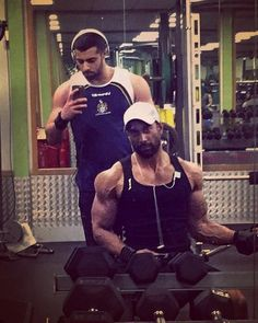 That face when someone takes forever to take a picture.. Arm workout with my little big bro Mo.  #forever #bicepsworkout by shabeer.syed1
