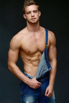 Dustin McNeer | ... Dustin McNeer, new star of America's Next Top Model (cycle 22