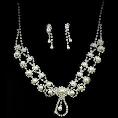 Exquisite Lordliness Clear Crystals Wedding Bridal Jewelry Set - (Including Necklace, Earrings) - $36.99 - Trendget.com