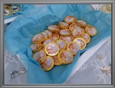 Monedas de chocolates personalizadas Candy Bar Frozen, Candy Stations, Chocolate Coins