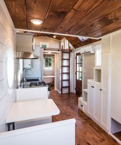 Airstream, Small Space Living, Small Spaces, Skylight Bedroom, Timbercraft Tiny Homes, Houses In America, Booth Seating, Seating Plans, Loft House
