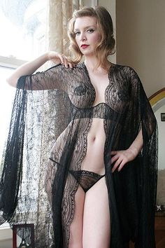 Dollhouse Bettie Lace Cocoon Robe
