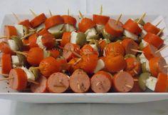 Espetinhos de Salsicha Queijo e Azeitona - Na Biroskinha