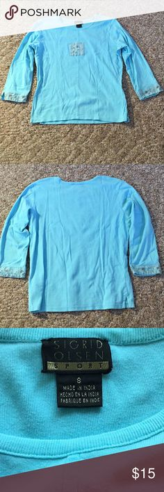 """Sigrid Olsen 3/4 Sleeve Blouse, Small Sigrid Olsen 3/4 sleeve blouse, small. Like new condition. Verified measurement at the chest is 17.5"""", blouse length is 21.5"""", sleeve length is 12.5"""". Blouse has been washed and is ready to be shipped!  Thanks for stopping by! Sigrid Olsen Tops Blouses"""