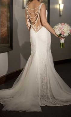 Galia Lahav Jasmine 6: buy this dress for a fraction of the salon price on PreOwnedWeddingDresses.com #wedding #mybigday