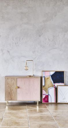 Hidden behind the pink door you will find hanging space for your favourite glassware along with shelving space for your other drinks essentials.