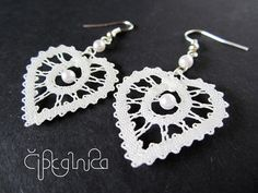 White Heart Shaped Lace Earrings small handmade bobbin by Lace Earrings, Lace Jewelry, Crochet Earrings, Jewellery Box, Heart Earrings, Jewellery Making, Bruges Lace, Types Of Lace, Lacemaking