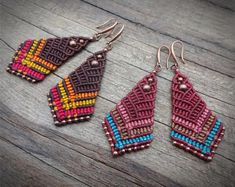 Handcrafted macrame earrings made with wax polyester thread and metal beads - old copper tone. There are two colour combinations. Etsy Earrings, Beaded Earrings, Crochet Earrings, Hoop Earrings, Micro Macramé, Macrame Necklace, Macrame Jewelry, Macrame Tutorial, Bracelet Tutorial