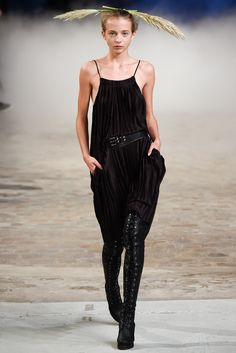 A.F. Vandevorst Spring 2015 Ready-to-Wear - Collection - Gallery - Look 25 - Style.com