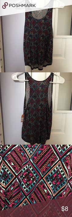 Mudd Aztec print racerback tank top. Size XSMALL Mudd Aztec racerback tank top. Never worn! Still has tags! Perfect condition! Super flowy, straps width is around 2 fingers together. Mudd Tops Tank Tops