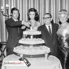 Carlo Riccardi Foto - Sophia Loren - 1964 - cocktail fine riprese Matrimonio all'italiana - con Marcello Mastroianni - 304