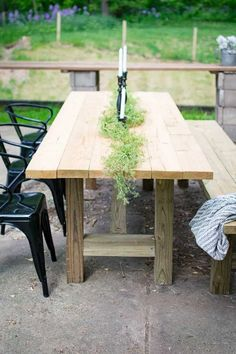 DIY Outdoor Farmhouse Patio Table Check out this quick and easy tutorial on how… - Modern Outdoor Farmhouse Table, Rustic Outdoor Furniture, Diy Outdoor Table, Farmhouse Furniture, Diy Table, Outdoor Dining, Outdoor Decor, Table Bench, Outdoor Patio Tables