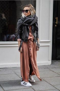 Fall Street Style Outfits to Inspire Herbst Street Style Fashion Week Mode Outfits, Winter Outfits, Casual Outfits, Fashion Outfits, Fashion Trends, Fashion Clothes, Style Outfits, Fashion Lookbook, Winter Clothes