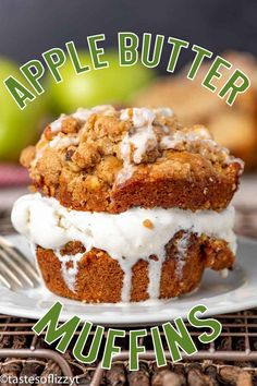 Big, bakery style Apple Butter Streusel Muffins have a layer of apple butter and crumb streusel, with an apple cider glaze on top. Best Apple Recipes, Apple Dessert Recipes, Fall Recipes, Just Desserts, Bread Recipes, My Favorite Food, Favorite Recipes, Apple Butter, Eat Dessert First