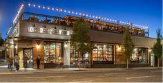 70 Ideas Exterior Paint Colours For House Blue Green Shutters Restaurant Exterior Design, Cafe Interior Design, Modern Restaurant, Restaurant Restaurant, Mall Facade, Retail Facade, Building Exterior, Building Design, Retail Architecture