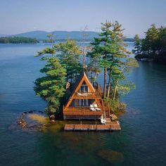 A Frame Cabin, A Frame House, Cabin In The Woods, Destination Voyage, Cabins And Cottages, Cozy Cabin, Cabin Homes, Destinations, Architecture