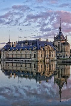 SUNRISE AT CHANTILLY: CREAM AND LACE | solosophie
