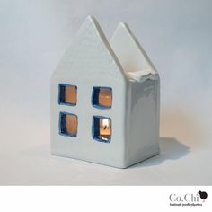 Casetta brucia essenze in ceramica bianca on Etsy, 18,31€
