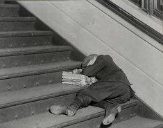 "Asleep on the job - ""One of the many young newsboys selling late at night..."" (Jersey City, Nov 1912). #ChildLabor in the US: An historical record in pictures, 1905-1930 (NYPL Digital Collections) #TeachNYPL"