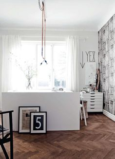 nice use of small nook / elle decor