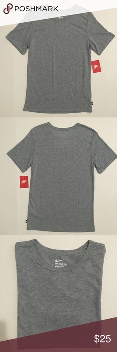 [Nike] unisex gray crewneck tshirt S-M [Nike] unisex gray crewneck tshirt S-M •🆕listing •NWT, new with tags condition •gray color, crewneck style •material 50% polyester 25% cotton 25% rayon, very soft tshirt feel •tshirt can be worn by female size S-M or male size S, tag size S •offers and bundles welcomed using the features Nike Tops Tees - Short Sleeve