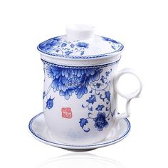 ufengke Blue And White Porcelain Tea Cup, Chinese Tea Cup With Lid And Saucer, Hand Painted Blue Dragon And Flower, Tea Cup With Lid, Chinese Tea Cups, Dragon Tea, Cup Crafts, Vintage Cups, Blue And White China, Tea Mugs, White Porcelain, Teapots